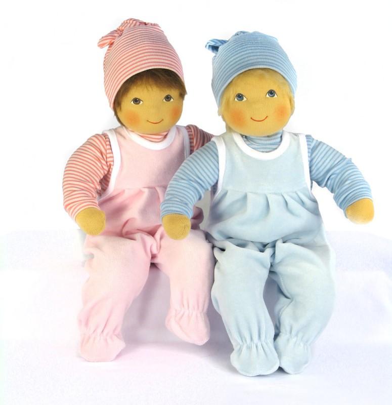 zwei Waldorf Babypuppen handgefertigt von Heidi Hilscher