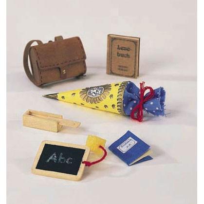 Bodo Hennig Puppenhaus Miniatur Schülerset